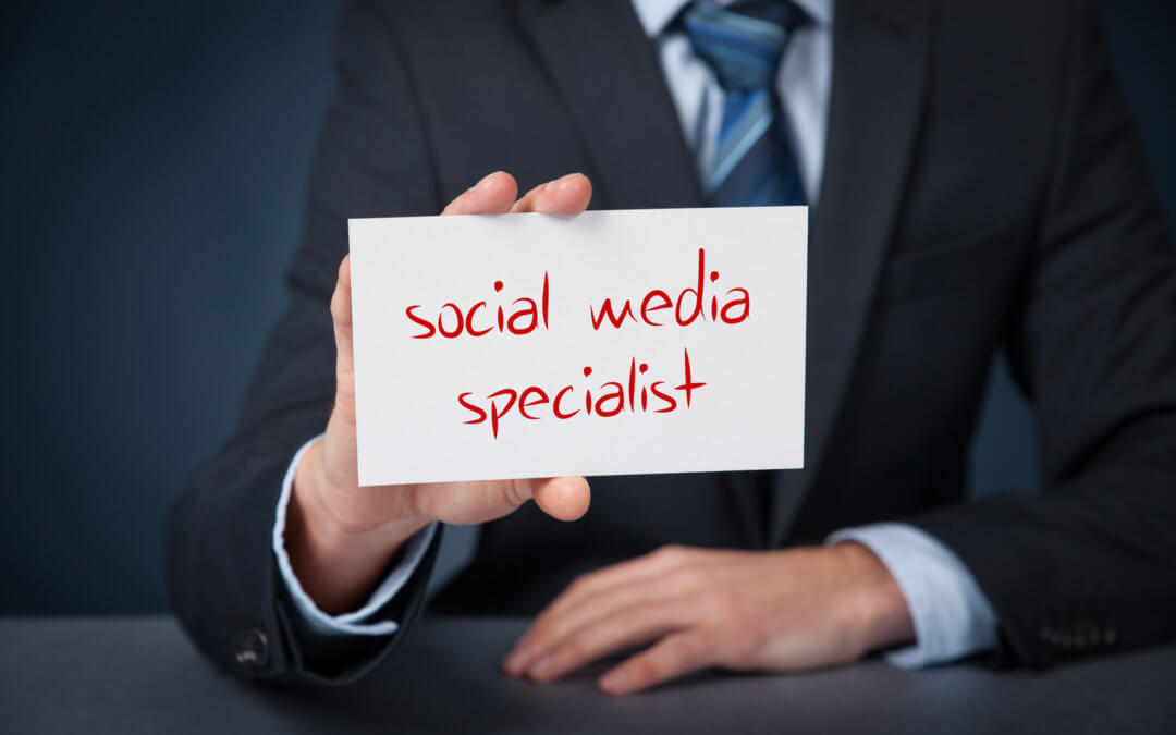 5 Ways To Improve Your Social Media Presence Without Consulting A Specialist